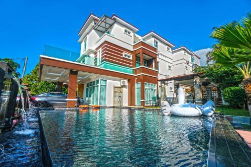 Modern Bungalow Wt Swimming Pool @Batu Ferringhi