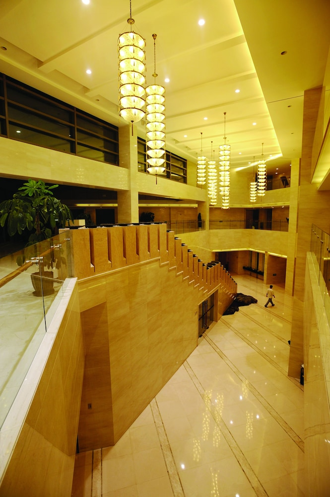 Heyuan Royal Garden Hotel