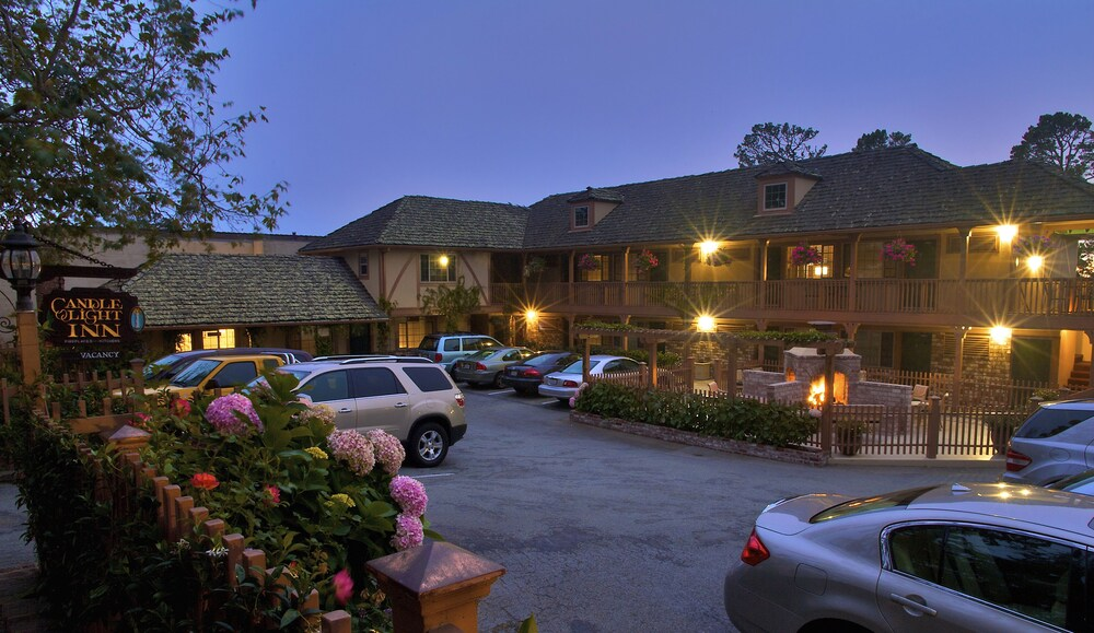 Gallery image of Candle Light Inn